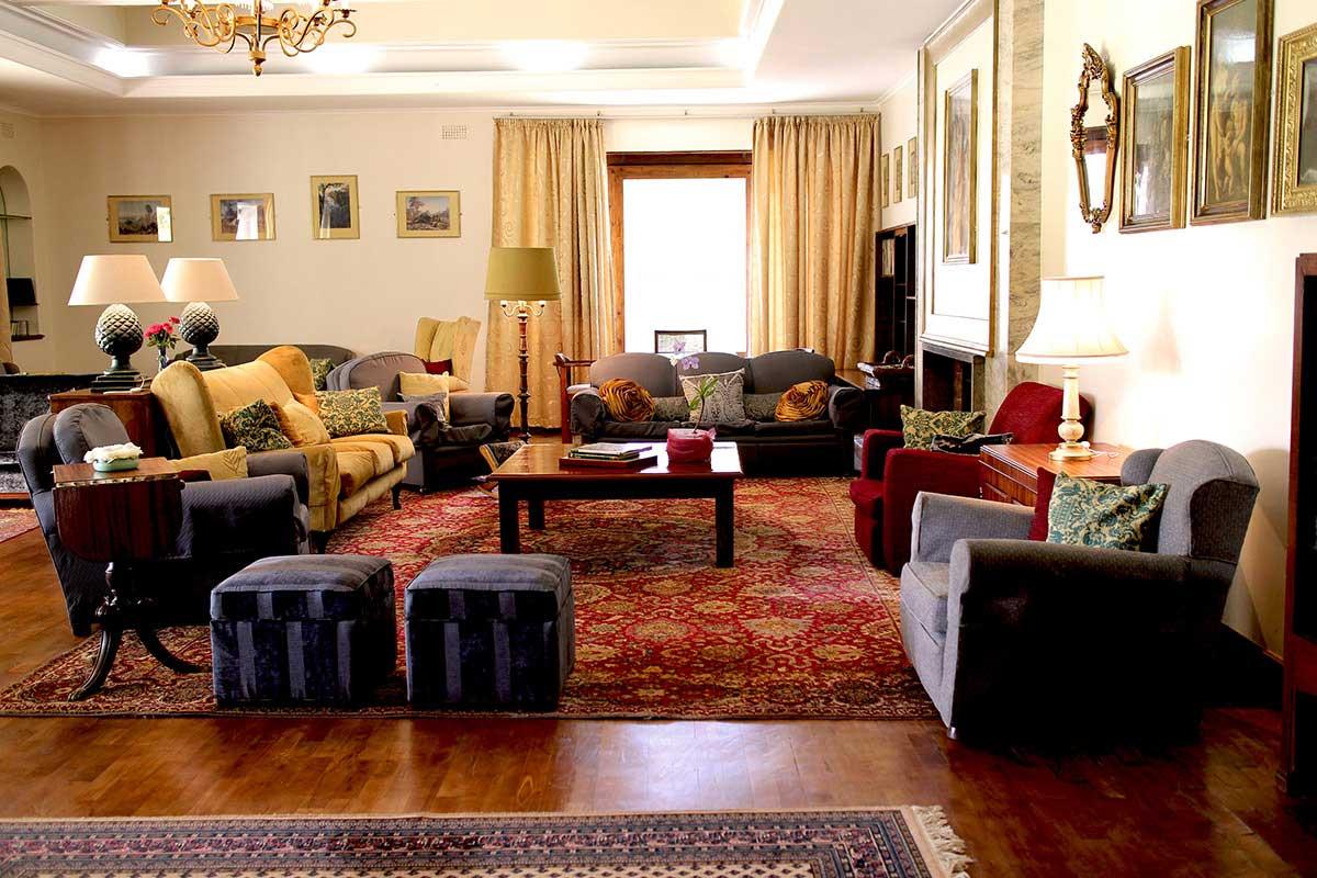Welcome La Rochelle Country House Penhalonga Zimbabwe